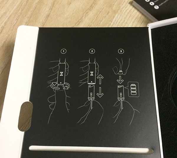 MISFIT ボタンの装着説明